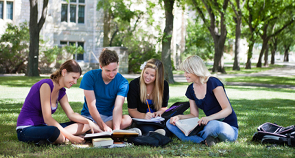 Positives and Negatives of Campus Learning